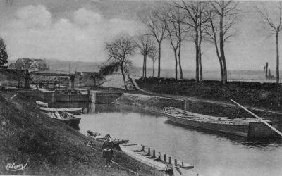 L'ancienne écluse de Pont-de-Vaux au gabarit 30 x 7,20 m